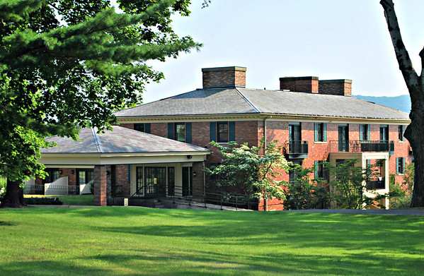 The Founders Cottage at the Cranwell Resort, Spa, and Golf Club