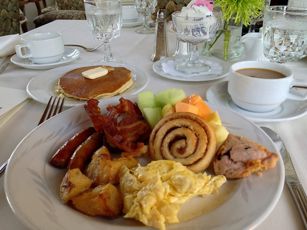 Breakfast in the Music Room of the Cranwell Resort, Spa, and Golf Club